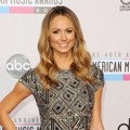 Stacy Keibler di Red Carpet AMAs 2012