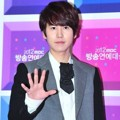Kyuhyun Super Junior di Red Carpet MBC Entertainment Awards 2012