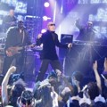Pitbull Tampil di Konser Dick Clark's New Years Rockin' Eve