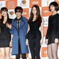 f(x) di Red Carpet Seoul Music Awards ke-22