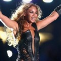 Beyonce Knowles di Konser Super Bowl 2013