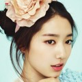 Park Shin Hye di Majalah 1stLook Edisi Februari 2013