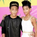 Jaden Smith dan Willow Smith di Orange Carpet Kids Choice Awards 2013