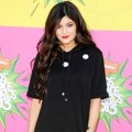 Kylie Jenner di Orange Carpet Kids Choice Awards 2013