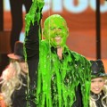 Pitbull Tersiram Slime di Kids Choice Awards 2013