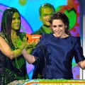 Kristen Stewart Raih Piala Favorite Movie Actress