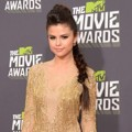 Selena Gomez di Red Carpet MTV Movie Awards 2013