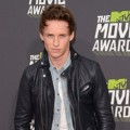 Eddie Redmayne di Red Carpet MTV Movie Awards 2013