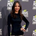 Zoe Saldana di Red Carpet MTV Movie Awards 2013