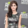 Alexandra Daddario di Red Carpet MTV Movie Awards 2013