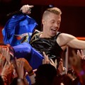 Aksi Macklemore di Panggung MTV Movie Awards 2013