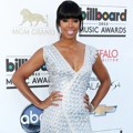 Kelly Rowland di Blue Carpet Billboard Music Awards 2013