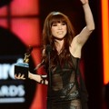 Carly Rae Jepsen Raih Piala Top Digital Song