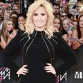 Demi Lovato di Red Carpet MuchMusic Video Awards 2013