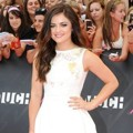 Lucy Hale di Red Carpet MuchMusic Video Awards 2013