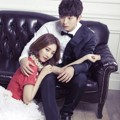Kemesraan Go Jun Hee dan Jinwoon 2AM di Pemotretan 'We Got Married'