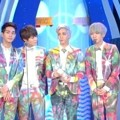 SHINee Raih Piala 20's Performance