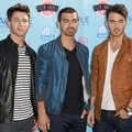 Jonas Brothers Hadir di Teen Choice Awards 2013