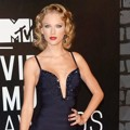 Taylor Swift di Red Carpet MTV Video Music Awards 2013