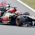 Romain Grosjean Finish di Posisi Ketiga
