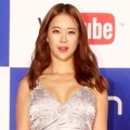 Baek Ji Young di Red Carpet MelOn Music Awards 2013