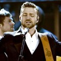 Justin Timberlake Nyanyikan Lagu 'Drink You Away'