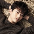Taecyeon 2PM di Majalah Vogue Girl Edisi Desember 2013