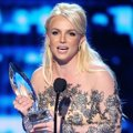 Britney Spears Raih Piala Favorite Pop Artist