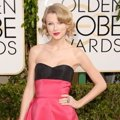 Taylor Swift di Red Carpet Golden Globe Awards 2014