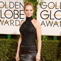 Uma Thurman di Red Carpet Golden Globe Awards 2014