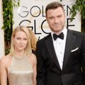 Naomi Watts dan Liev Schreiber di Red Carpet Golden Globe Awards 2014