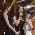 Girls' Generation Raih Piala Records of the Year