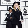Madonna dan Anaknya David di Red Carpet Grammy Awards 2014