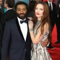 Chiwetel Ejiofor dan Sari Mercer di Red Carpet BAFTA Awards 2014