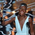 Lupita Nyong'o Raih Piala Best Actress in a Supporting Role