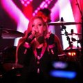 Avril Lavigne Buka Konser dengan Single 'Hello Kitty'