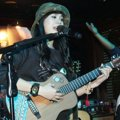 Sheryl Sheinafia Tampil di Konser 'An Evening to Share + Care with Slank'