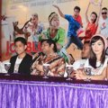 Jumpa Pers Film 'Jomblo Keep Smile'