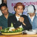 Indra Bekti Saat Jumpa Pers Launching Album 'Inbektrough'