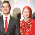 Sultan Djorghi dan Annisa Trihapsari di Red Carpet Panasonic Gobel Awards 2014