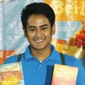 Dwi Andhika Saat Launching Buku 'I Love You Beib'