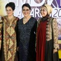 Rina Hasyim, Connie Sutedja dan Nani Wijaya di Red Carpet Indonesian Movie Awards 2014
