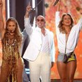 Jennifer Lopez, Pitbull dan Claudia Leitte Nyanyikan Lagu 'We Are One (Ole-Ola)'