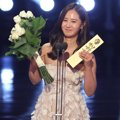 Kwon Yuri Girls' Generation Raih Piala Most Popular Actress