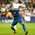 Aksi Iker Casillas Saat Membela Real Madrid di Final Piala Super Eropa 2014