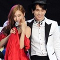 Tiffany Girls' Generation dan Key SHINee Tampil Nyanyikan Lagu 'Bang Bang'