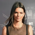 Kendall Jenner di Red Carpet MTV Video Music Awards 2014