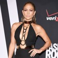 Jennifer Lopez Berada di Posisi ke-4 Best-Dressed Stars 2014 Versi People