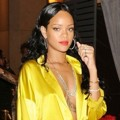 Rihanna Raih Posisi ke-8 Best-Dressed Stars 2014 Versi People
