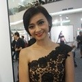 Deasy Noviyanti di Pameran Foto Jerry Aurum Bertajuk 'On White'